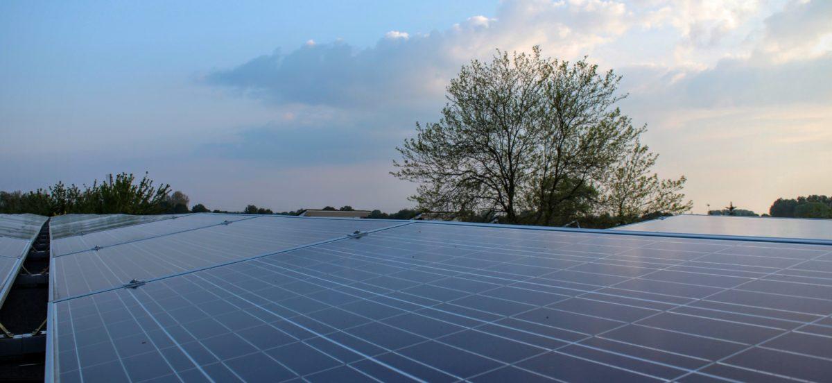 Investeren in zonne-energie via zonnepanelendelen