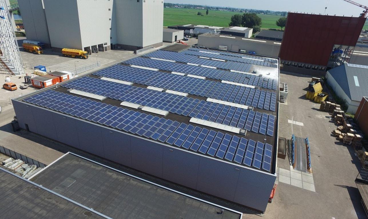 zonnedak VisscherCaravelle gebouwd door Zonnepanelen op het Dak - van Solaris Industria